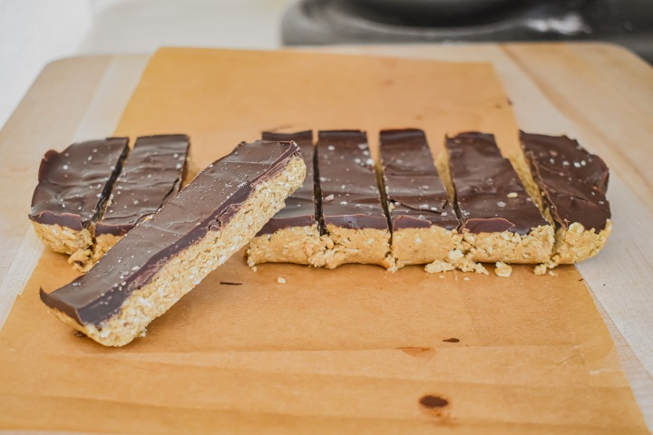 CHOCOLATE NUT BUTTERBARS