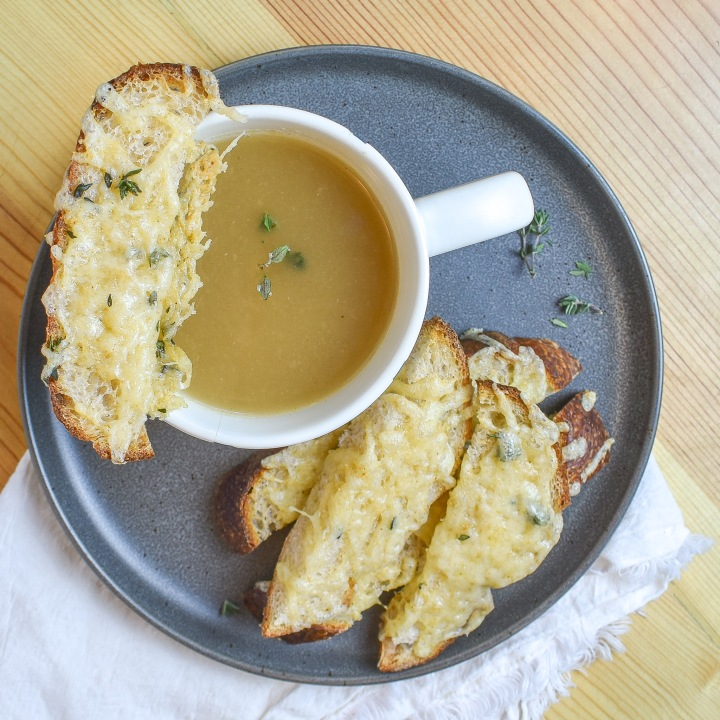 SIPPABLE FRENCH ONION SOUP w/ gruyeredippers